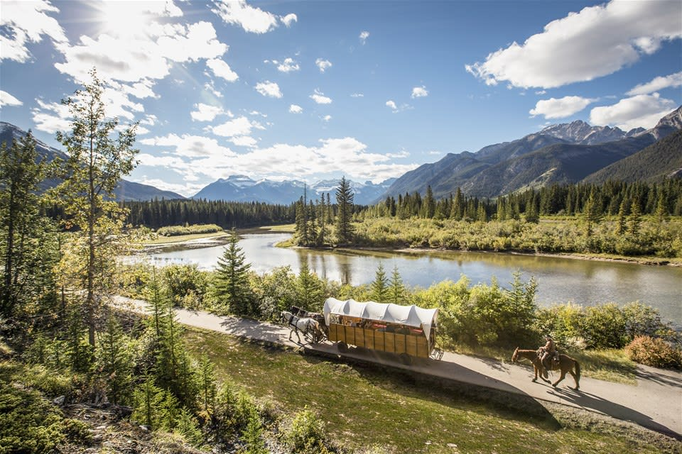 Alberta's Dinosaurs & the Great Outdoors