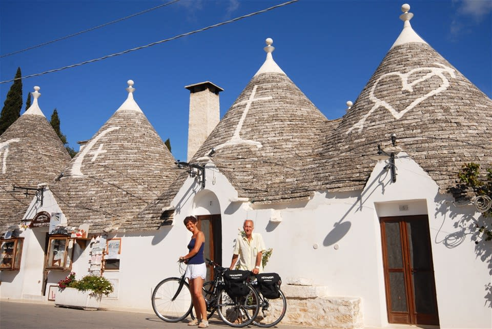 Contrasts of Puglia Cycling