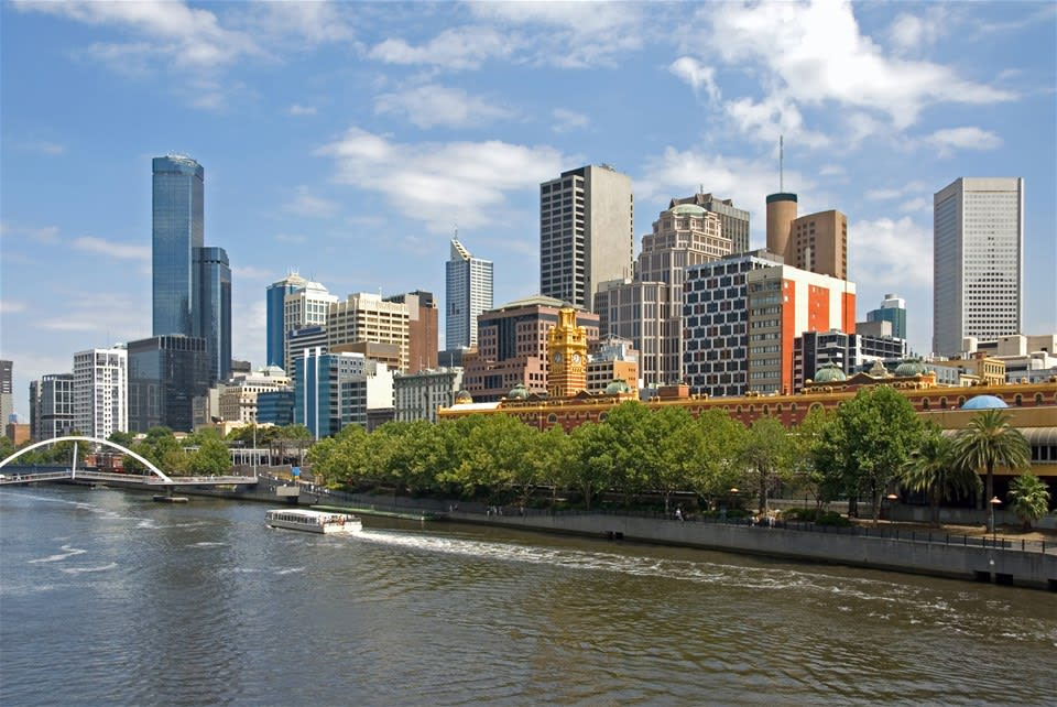 Small Group Melbourne City Tour & River Cruise