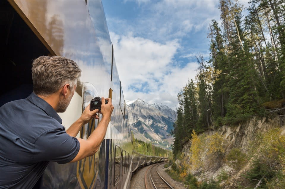Rocky Mountaineer First Passage to the West Highlights