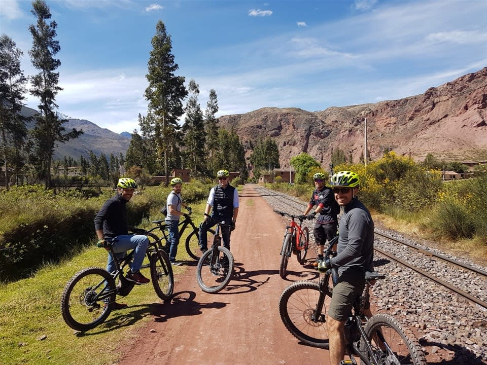 Sacred Valley by E-bike
