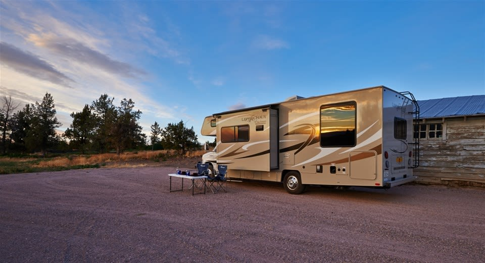 Cowboy Country - Road Bear RV