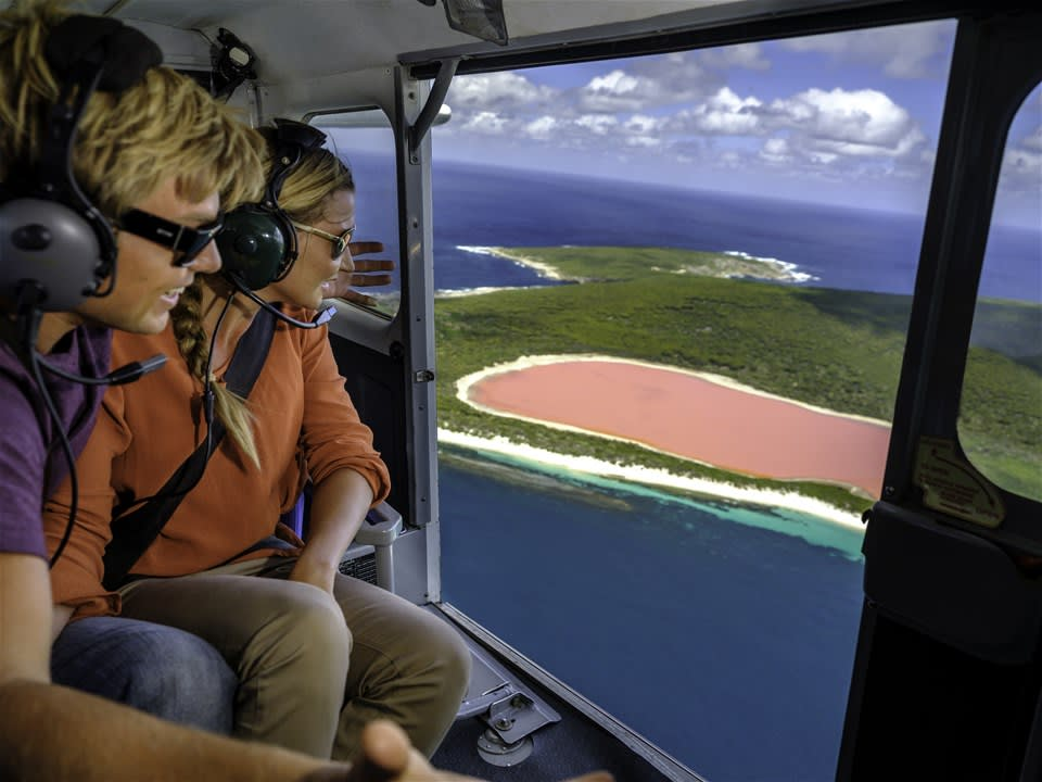 Pink Lake Hillier Scenic Flight