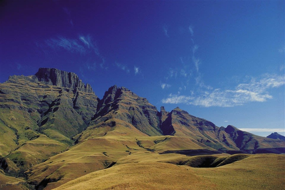 Discover The Drakensberg - Chauffeured Fly Drive