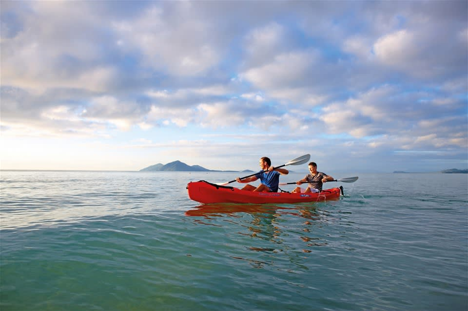 Dolphin Kayak and Great Beach Drive Adventure