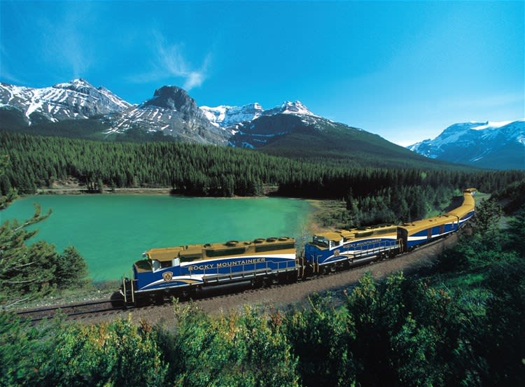 Rocky Mountaineer Classic Rail Circle Tour