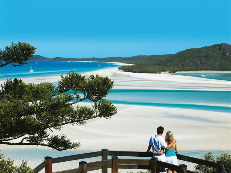 Whitehaven Beach & Hill Inlet Lookout